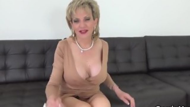 Adulterous english mature lady sonia showcases her big tits