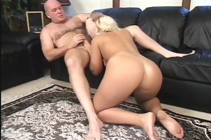 Blonde Hunny Wants A Hot Load On Her Tummy