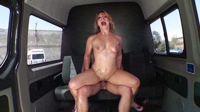 Bums Bus – Squirting German babe gets fucked in the van