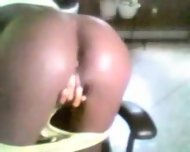 Ebony Teen Masturbating On Webcam