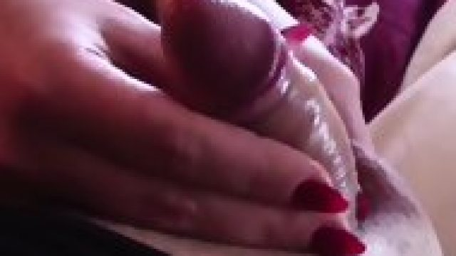 GEORGIANA AND HER HANDJOB