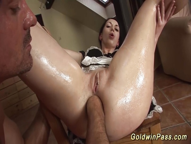 Hot babe ass fisted