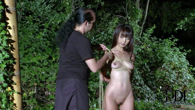 Marica Hase is one petite attractive asian girl. Totally naked