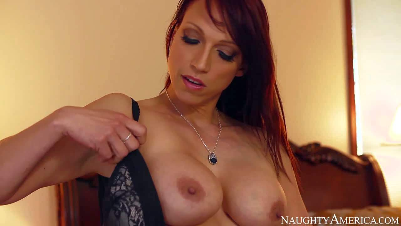Nicki Hunter is a sex hungry wife who has a