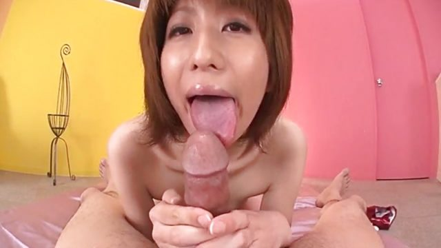 Rei Sasaki feels inches cracking her wet pussy