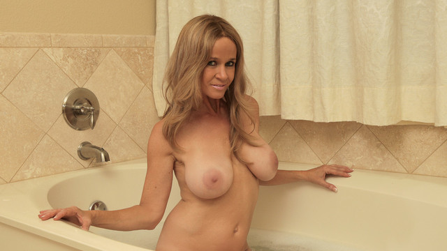 Sexy mom next door soaks