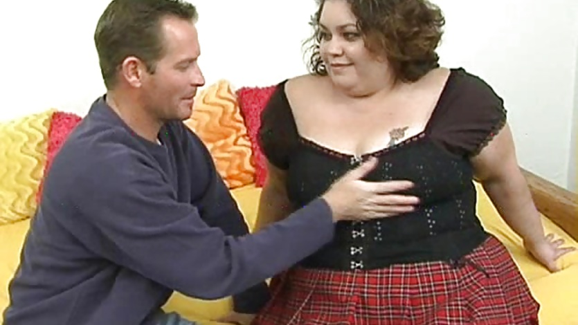 Horny BBW Layla Fingered
