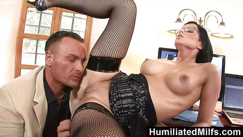 HumiliatedMilfs Shes so dedicated that she