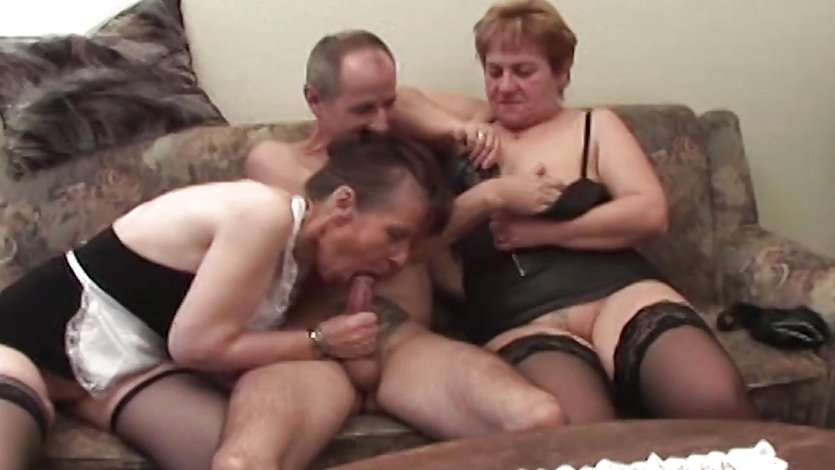 Two Grannies In Threesome Veggie Fucking