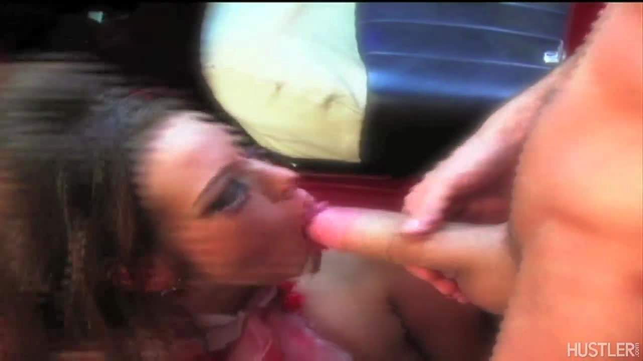 Lusty pornstar gives head to James Deen